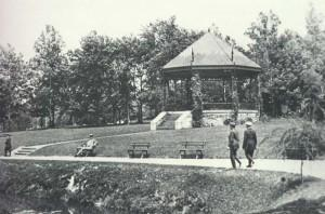 The bandstand in Penn's Common, designed by Reading architect Alexander Forbes Smith and completed in July 1897, was 27 feet in diameter and stood 23 feet high. Notice that the roof supports resembled knights' lances. J.S. Koch was in charge of construction.